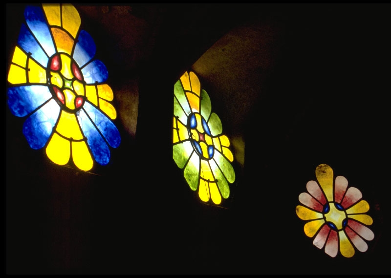 Colonia Güell / Stained Glass /