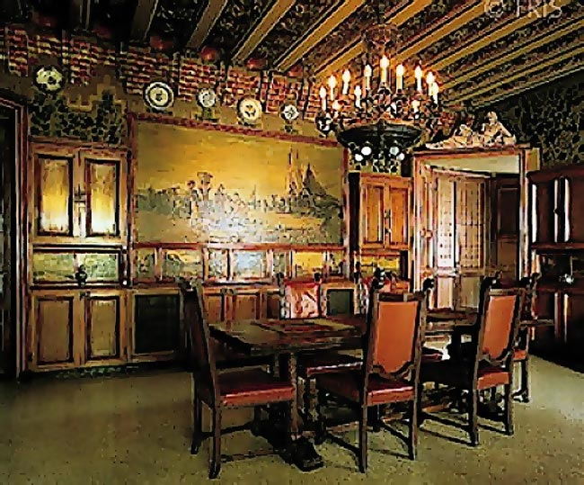 Gaudi designer casa vicens cabinet work dining room for Designer casa